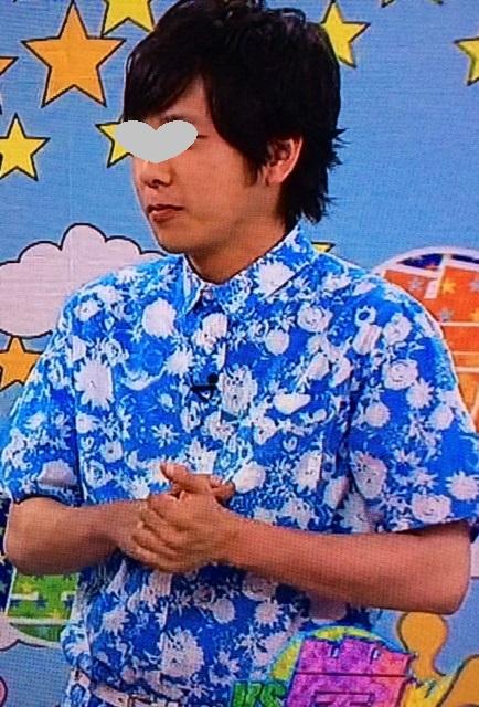 二宮和也VS嵐7月24日衣装水色シャツ