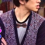 横山裕さん着用の衣装◆応援ドキュメント 明日はどっちだ#63◆Tシャツ・カーディガン