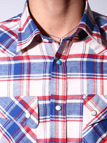 有岡大貴私服のチェックシャツ