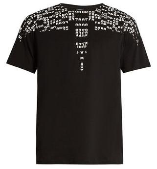 ジャニーズカウントダウン 藤ヶ谷太輔さんが着用した衣装のMarcelo Burlon ナンバーウイングTシャツ