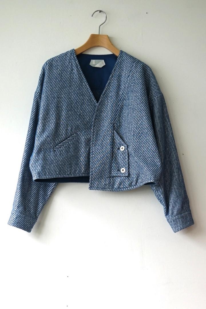 嵐 大野智さんが2/8 VS嵐で着用した衣装のsneeuw パイルスリットブルゾン