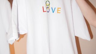 平凡ブルータスにて Hey!Say!JUMP 有岡大貴さん着用の衣装 KUDOS LOVE T-shirt