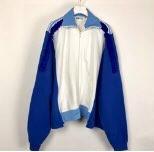 嵐 二宮和也さんが3/22VS嵐で着用した衣装の00OOリボンジャージ