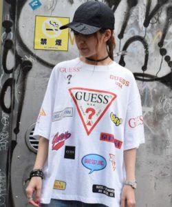 ヒルナンデスで有岡大貴さん着用の衣装・【別注】Guess×ROYAL FLASH/ゲス ロゴプリント Tシャツ