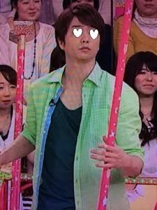 櫻井翔VS嵐衣装5月22日タンクトップ