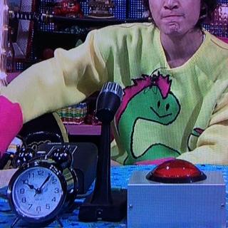 トーキョーライブ11月2日 安田章大着用衣装 恐竜ニット