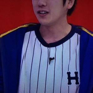 二宮和也 嵐にしやがれ2月7日着用の衣装 パーカーとTシャツ