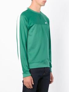 一番搾りCM嵐二宮和也衣装のグリーンのスウェット