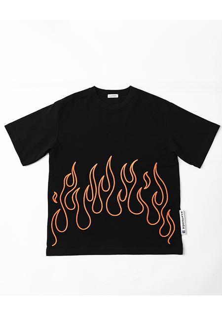 有岡大貴 ヒルナンデス 衣装 7/9 ファイヤーパターンTシャツ