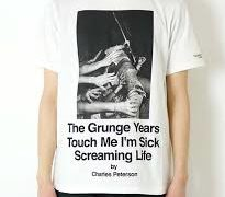 宮舘涼太 私服 Tシャツ Charles Peterson Photo SS Tee Screaming Life