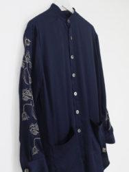 中島健人 初耳学 衣装 FIT MIHARA YASUHIRO Embroidered LONG SH NAVY