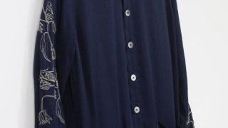 中島健人 初耳学 衣装 FIT MIHARA YASUHIRO Embroidered LONG SH NAVY