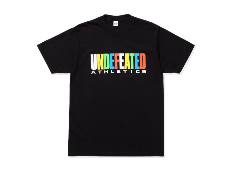 有岡大貴 ヒルナンデス 衣装 10/12 Tシャツ UNDEFEATED ATHLETICS S/S TEE-UNDEFEATED