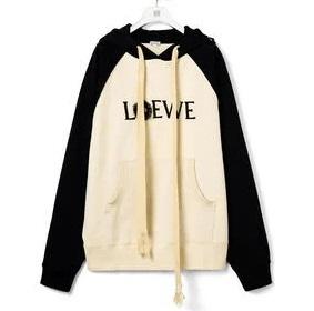 深澤辰哉 私服 すのチューブ Loewe Dust Bunnies hoodie in cotton まっくろくろすけ