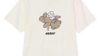 西畑大吾 なにわ男子 私服 tシャツ NERDY DNA Monogram Bear